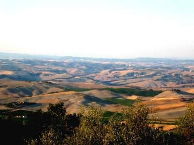 vers Montalcino