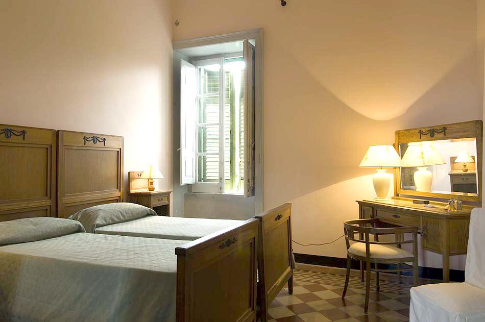 Location sicile maison villa ermione en location en italie for 120 salon syracuse