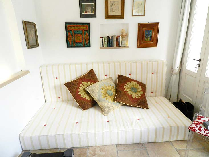 Location pouilles maison villa goccetta en location en italie for Coin casa bari