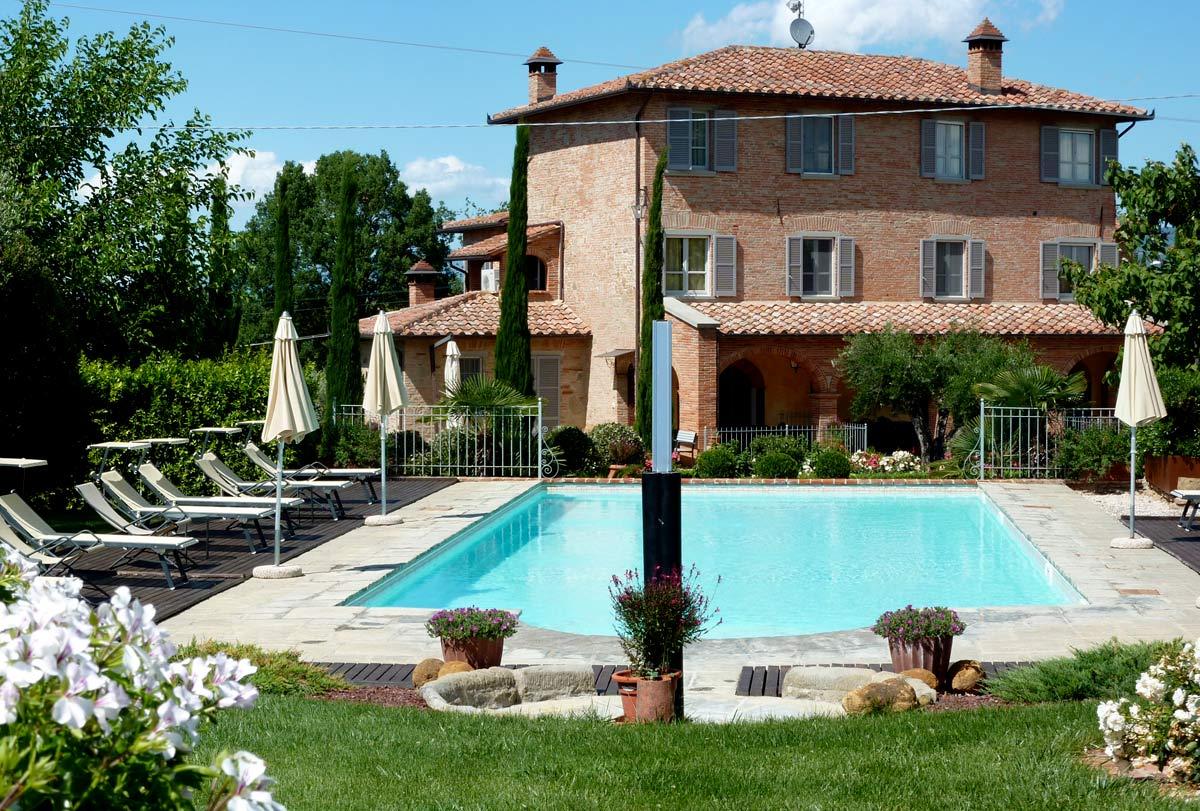 Location toscane maison villa domenica en location en italie for Location maison piscine italie